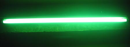 Tube fluo Sylvania standard 18W 60cm VERT code 0002562