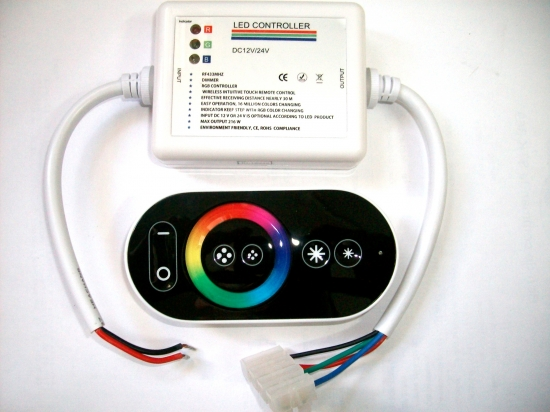 Contrôleur pour ruban led RVB  télécommande HF tactile 18A