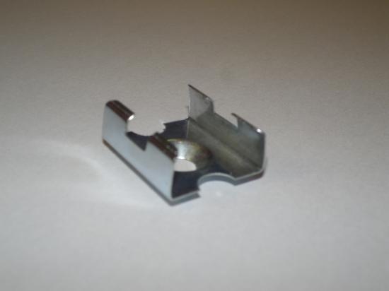 ETRIER DE FIXATION POUR PROFILE LED CHLAP1