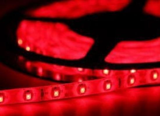Ruban LED 12V ROUGE 60 LEDs et led 5050 haute luminosité IP65 Rouleau de 5m