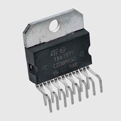 Circuit amplificateur intégré TDA7377