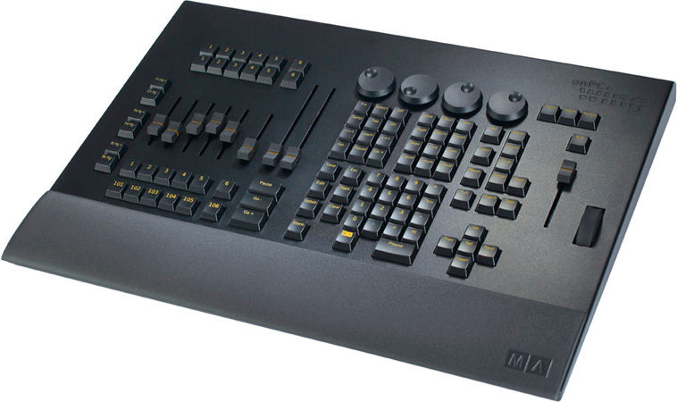 Interface de controle Grand MA2 Command WING 2048
