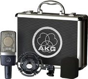 Micro studio AKG C214 avec malette et kit de suspension