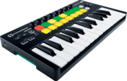 Clavier maitre Novation Launchkey mini MK2 16 pads 25 notes