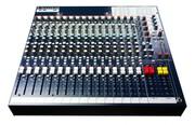 Console de mixage Soundcraft FX16II 16 voies mono, 2 voies stéréo, 4 aux, effet