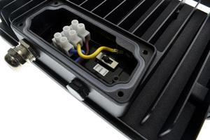 Projecteur Beneito et Faure SKY 40W 4800 lumens avec blanc chaud neutre et froid châssis noir